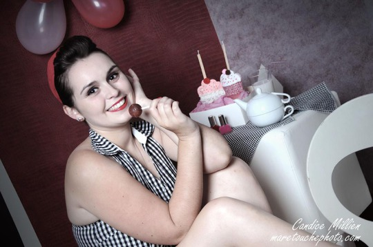 style_pin_up